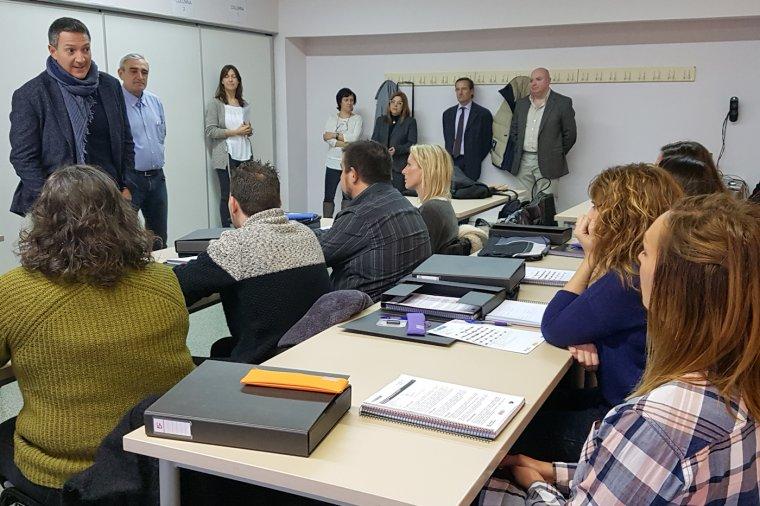 Bienvenida a los alumnos del primer curso de tanatopraxia en Terrassa
