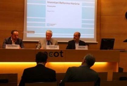 Cecot defiende la reforma horaria catalana e insta a fomentar el consenso