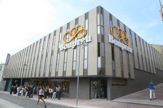 El grupo Bonpreu abre un supermercado en la antigua sede de Caixa Terrassa