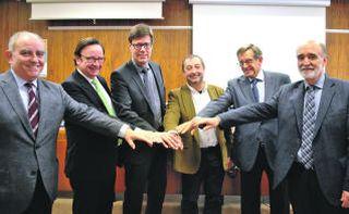 UPC y la industria apoyan los estudios universitarios textiles